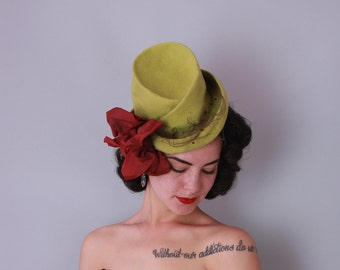 1940s CHARTREUSE TILT hat | vintage 40s 'new york creation' hat with bow