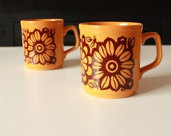 70'S Kitsch Mugs by Table Tops Cartwright Staffordshire C&E England