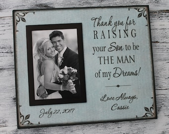 Thank you for raising the man of my dreams, personalized wedding picture frame, parent wedding gift, canvas frame,  parent son gift CAN-316