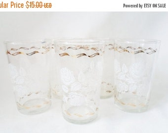 ON SALE Vintage Set of Five Shabby Chic White Rose and Gold Juice Glasses, Cottage Chic, Glassware