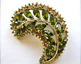 Vintage 1960s Crescent Rhinestone & Antiqued Gold Tone Brooch Pin