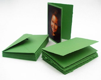 Green cards with envelopes, handmade recycled paper, 4.5x6.5 inches, set of 10