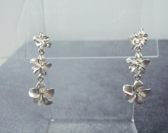 Sterling Silver Plumeria Pierced Earrings E24