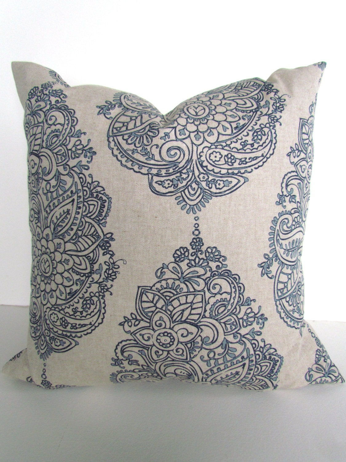 Decorative Pillows Navy Blue : BLUE PILLOWS Navy Blue Throw Pillows Dark Blue Pillow Covers