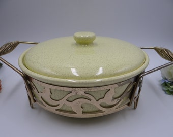 """1950s Bauer Pottery 9 1/4"""" Yellow Speckle Covered Casserole Dish or Bowl with Original Brass Finish Holder"""