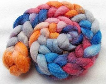 ALPACA Wool Roving - Handpainted Spinning Fiber -   5.3 oz.  Nr. 728