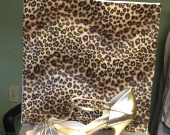 1950's Vintage Burlesque Silver and Gold Leather Kitten Heels