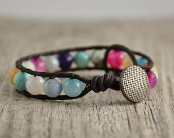 Colorful beaded single wrap bracelet. Mixed colors jewelry