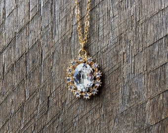 Crystal Clear Necklace Swarovski Bridal Necklace Oval Pendant with Rhinestones on Silver or Gold Chain Bridal Necklace