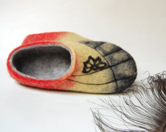 Womens slippers ,Butterfly wings slippers ,felted slippers ,eco house shoes ,handmade felt art 7,5 US