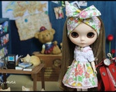 Flower dress : It's very cute for your neo blythe.