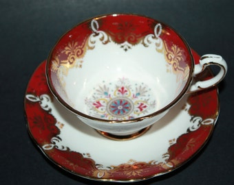 PARAGON Fine Bone China Teacup and Saucer Set