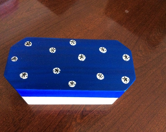 Solid Wood Box with Hinged Lid - Sandollars painted on top in Acrylics