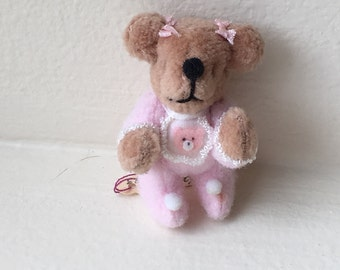"""Miniature Light Brown Bear """"Jammie"""" by Mary Bures 1993  (JL)"""
