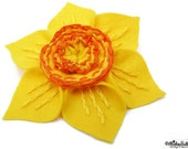 Spring - Embroidered Yellow and Orange Felt Daffodil Flower Brooch, Flower Brooch, Flower Pin, Wedding Flower, Spring Flower, Spring Wedding