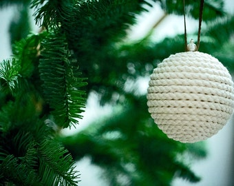 Christmas Rope Ball - Christmas Tree Ornaments - Rustic Christmas Decor - Holiday Gift Ideas - Eco friendly Christmas Present - Ivory