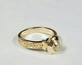 14kt yg unreal diamond engagement ring