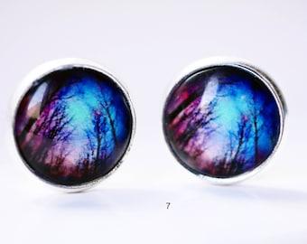 Trendy cabochon earring studs