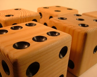 Six Natural Finished Lawn Dice