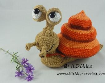 Amigurumi Crochet Pattern - Sydney the Snail