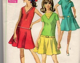 1968 Groovy Vintage Drop Waist Dress in Two Lengths Sewing Pattern Simplicity 7682 Miss size 10 bust 32.5 UNCUT! Color Block Possibilty too.