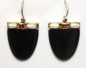 Elegant Black Onyx And Garnet Earrings Silver