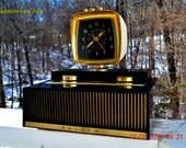 SCIENCE Fiction Fantasy 1959 Philco Predicta Model H765-124 Tube AM Clock Radio Works!