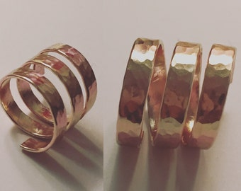 HAMMERED WIRE RING
