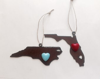 FLORIDA or NORTH CAROLINA Ornament with faux stone heart magnet made of Rustic Rusty Rusted