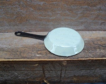 Dollhouse miniature frying pan in pastel green in 1 inch or 1:12 scale
