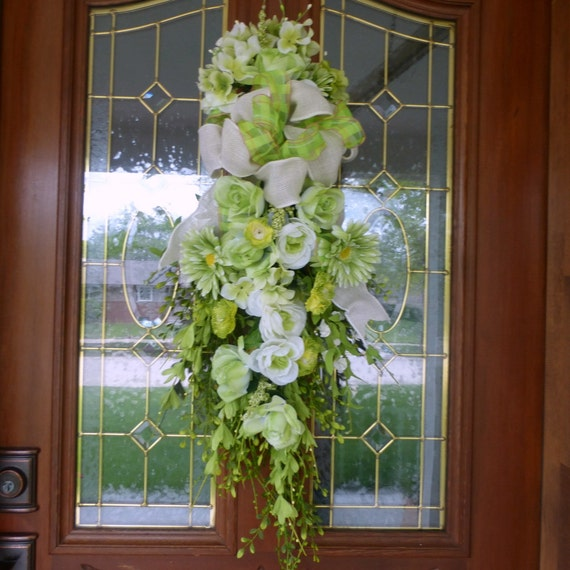 Green hydrangea door swags spring door swags summer wreaths Spring flower arrangements for front door