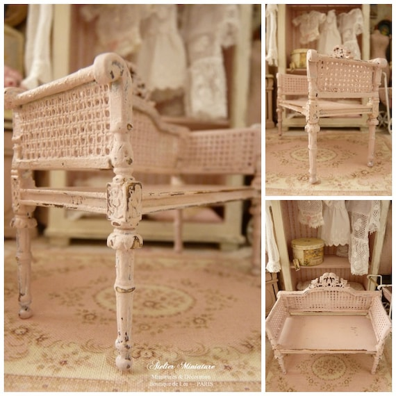 Miniature Shabby French loveseat Powder pink by