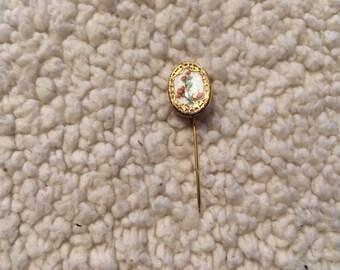 Vintage gold tone pin