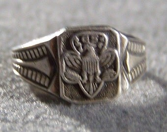 Vintage Sterling Silver Classic Collectable Fancy Etched Girl Scout Signet Style Ring, Size 6        **RL
