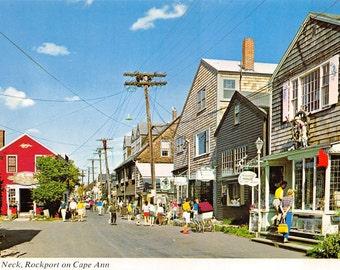 Rockport Massachusetts vintage postcard Bearskin Neck about 1970 (chrome, unused)