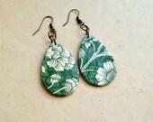 Floral paper drops earrings