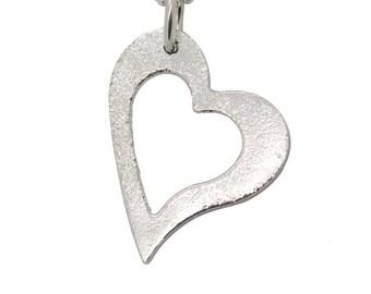 Sterling silver Open Heart est 22x33 mm