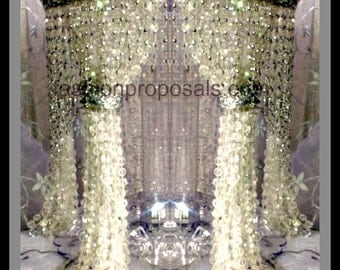 Wedding  Cake Stand with Crystals/Chandelier Cake Stand/ Wedding crystal cake stand. Cake stand Waterfall