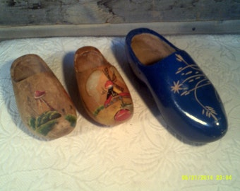 Three Vintage Holland Wooden Clogs, Painted Dutch Shoes, Vintage Holland Clogs, Wooden Shoes, Painted Wooden Shoes, Dutch Shoes, Dutch Decor