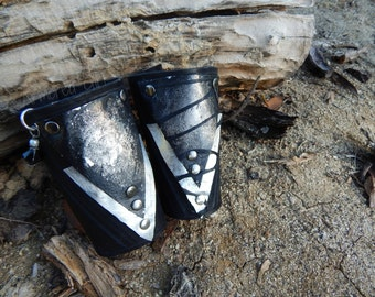 Northern Star Metal and Leather Pair of Bracers, renaissance, medieval, costume, LARP, Post Apocalptic, Cosplay, Armor