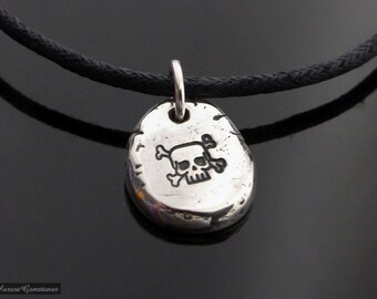 Sterling Silver Pebble Skull & Crossbones Necklace Choker