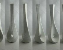 Sgrafo Modern Germany. Porcelain vase / coral vase (2025). Design Peter Müller, 1960 / 70s. Height about 24 cm. Modernist vase. VINTAGE
