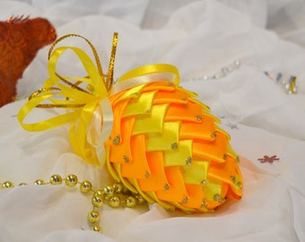 Pineapple Christmas yellow-orange
