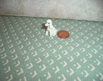 1:12 scale dollhouse miniature (white)  toy poodle