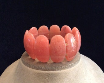 Vintage Wide Chunky Peach-Pink Beaded Bracelet