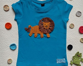 t shirt girl personalized with embroidered lion turquoise cotton - short sleeves