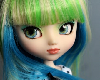 Realistic Light Blue Pullip eyechips