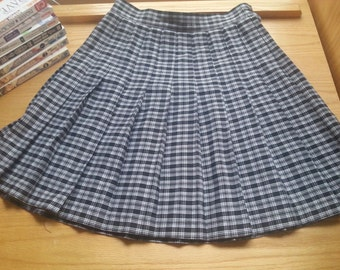 90's Plaid Pleated Skirt