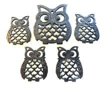 Cast Iron Owl Trivet and Coaster Set- Vintage Owls- Owl Decor- Vintage Owl Kitchen Trivet- 4 Coasters- Retro Owl Family- Owl Wall Decor