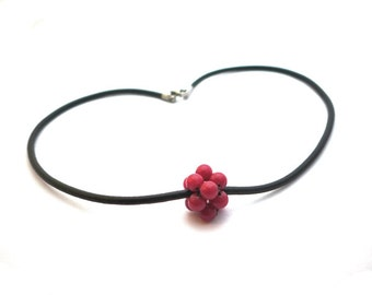 SIMPLICITY red cluster necklace, red dyed jade beads, black leather cord, stainless steel finishing, statement necklace, black red necklace